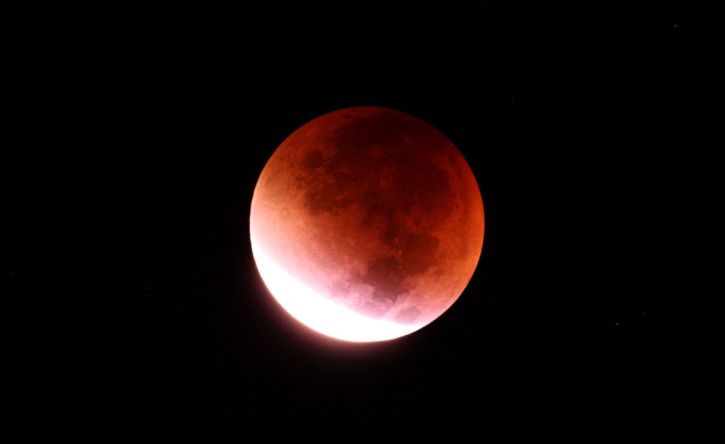 Lunar Eclipse from Somerset September 2015 3am. The coffee is working.